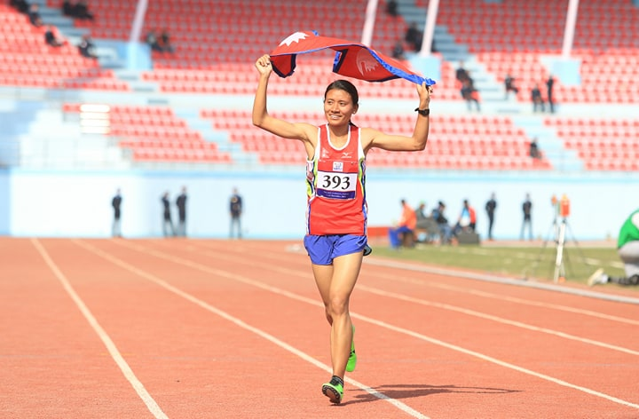Santoshi Shrestha wins gold for Nepal in 10000m race(with photos)