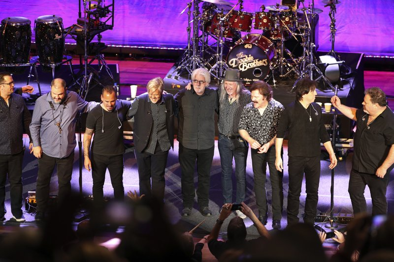 Doobie Brothers unite with Michael McDonald for tour
