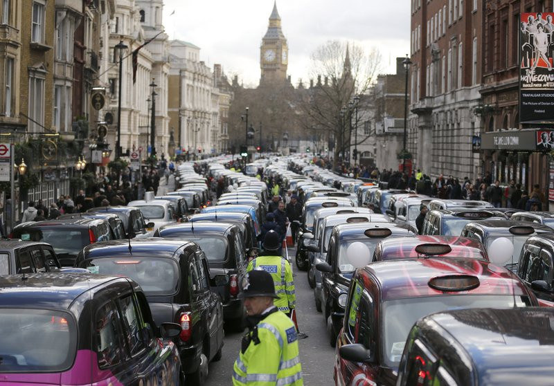 Uber loses license in London over safety, vows to appeal