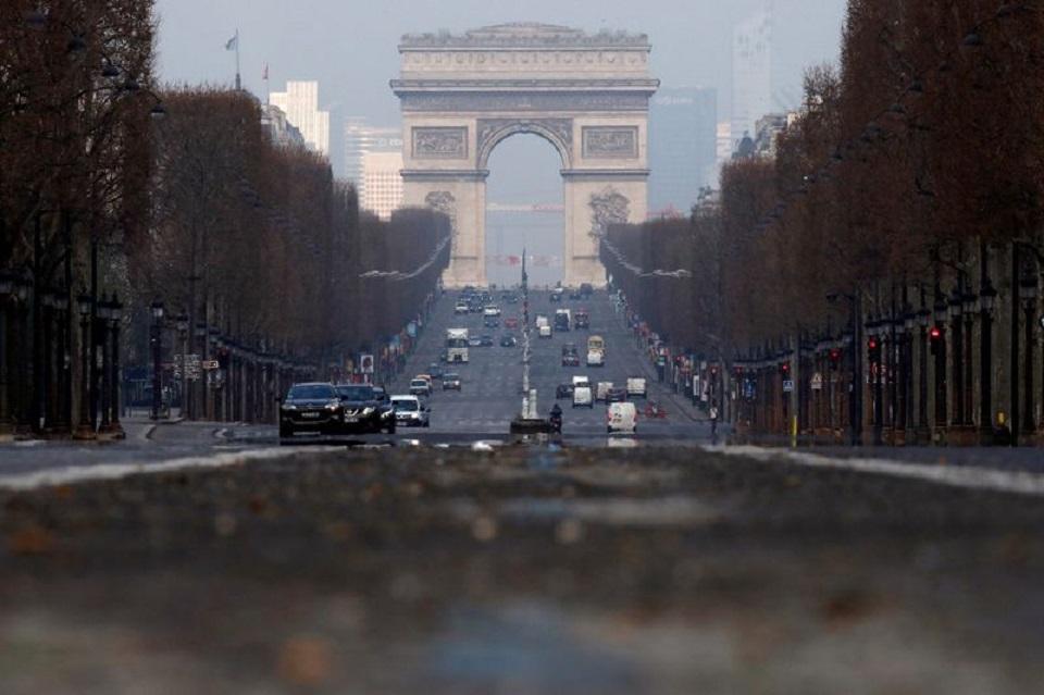 EU approves 300 billion euro French state aid to fight coronavirus