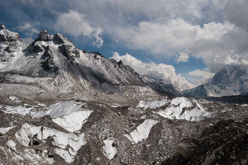 Climate cliff hanger