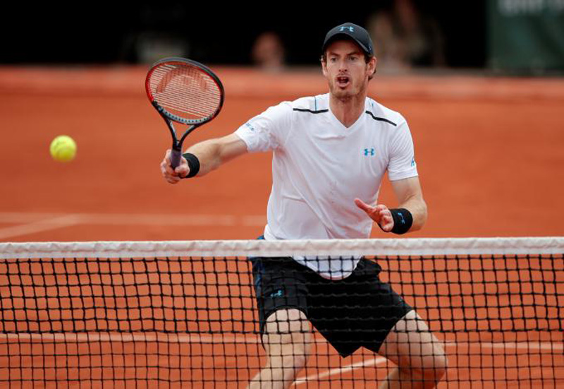Murray eases past Khachanov into quarter-finals