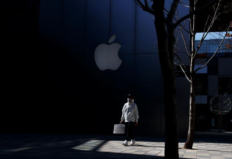 Apple to close retail stores worldwide, except Greater China, until March 27