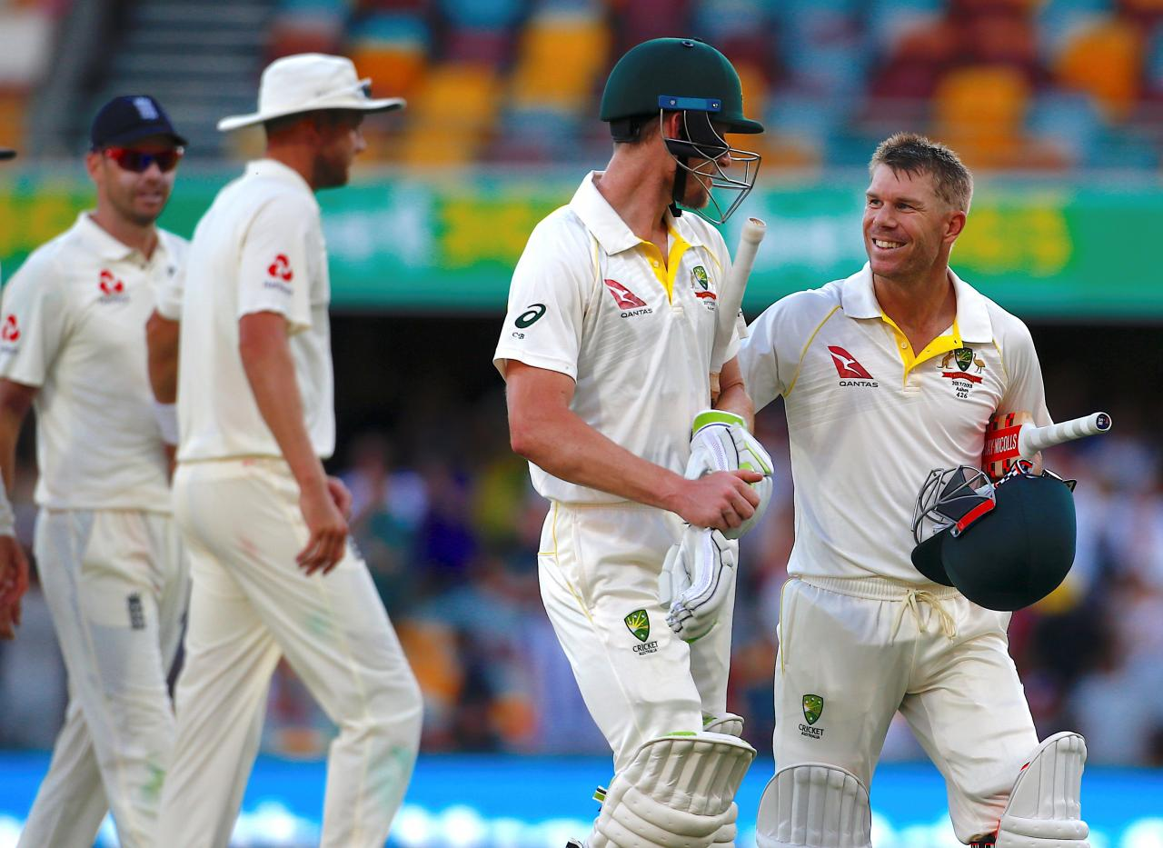 Australia on brink of victory after England crumble