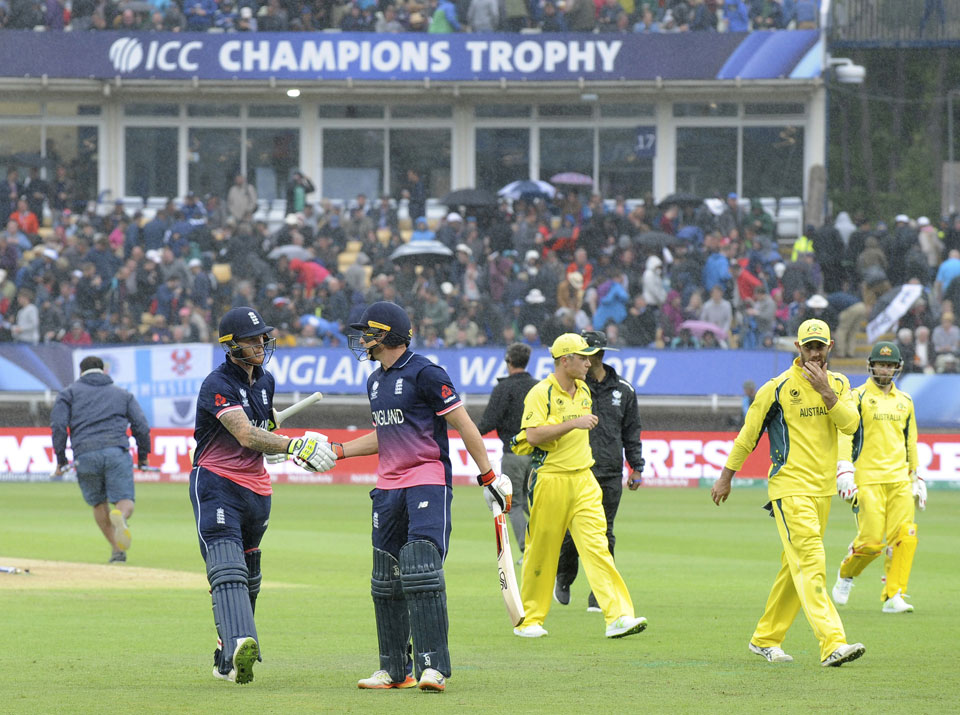 Australia loses to England, out of Champions Trophy