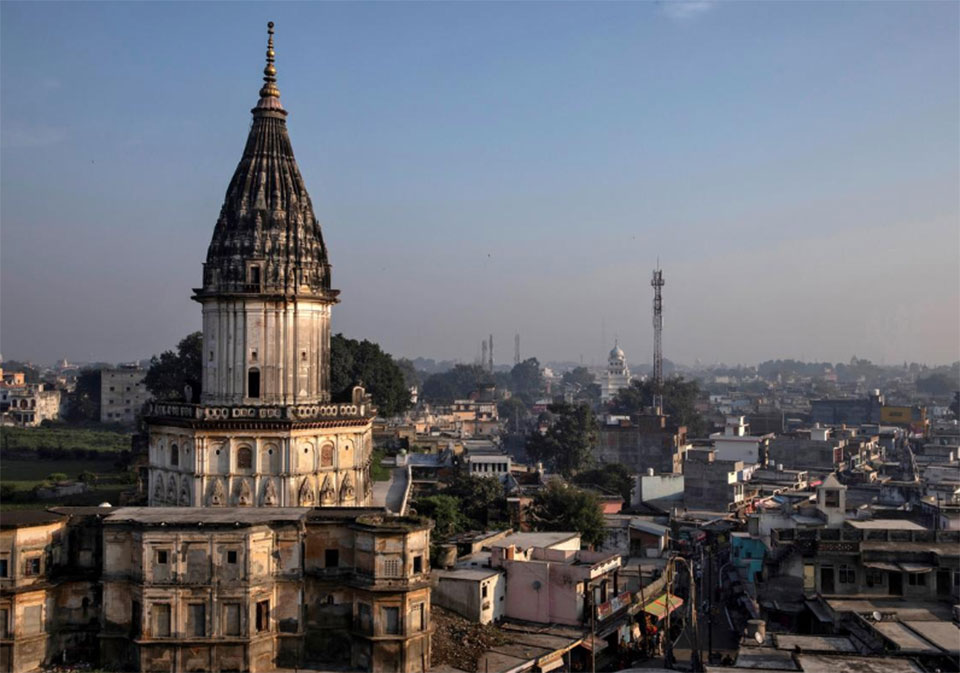 India top court rules in favor of Hindus in religious site dispute