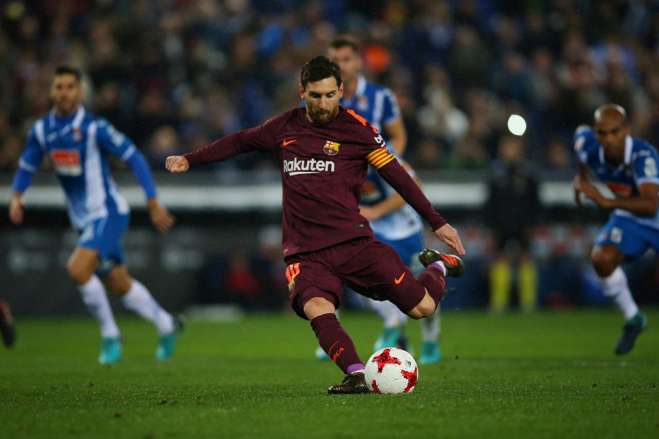 Barca lose to Espanyol in Cup after Messi penalty miss