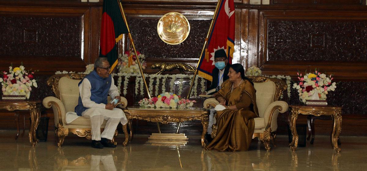 President Bhandari visits Bangabandhu Memorial museum