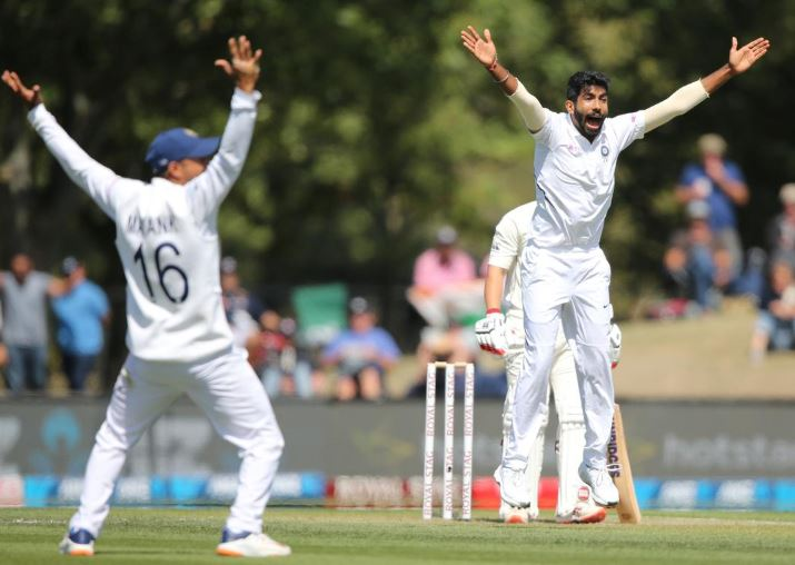 India extend slender lead as wickets tumble in Christchurch