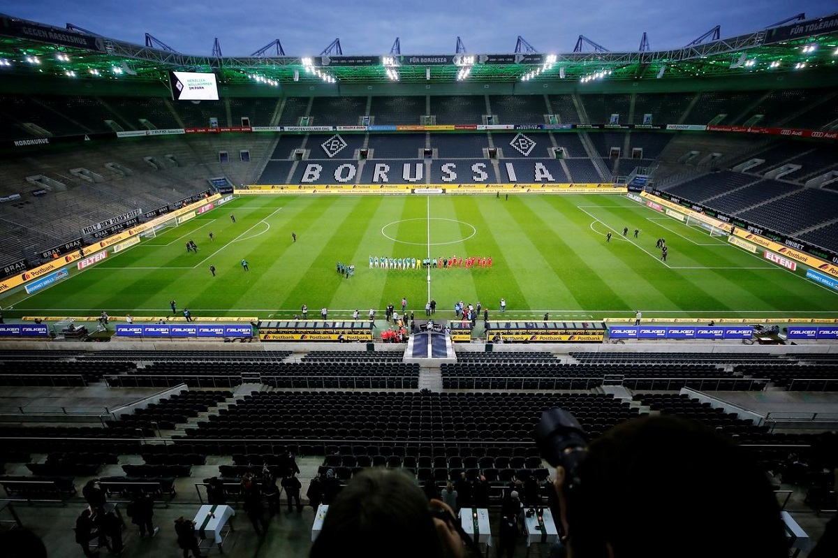 Sporting world focussed on Germany as Bundesliga resumes