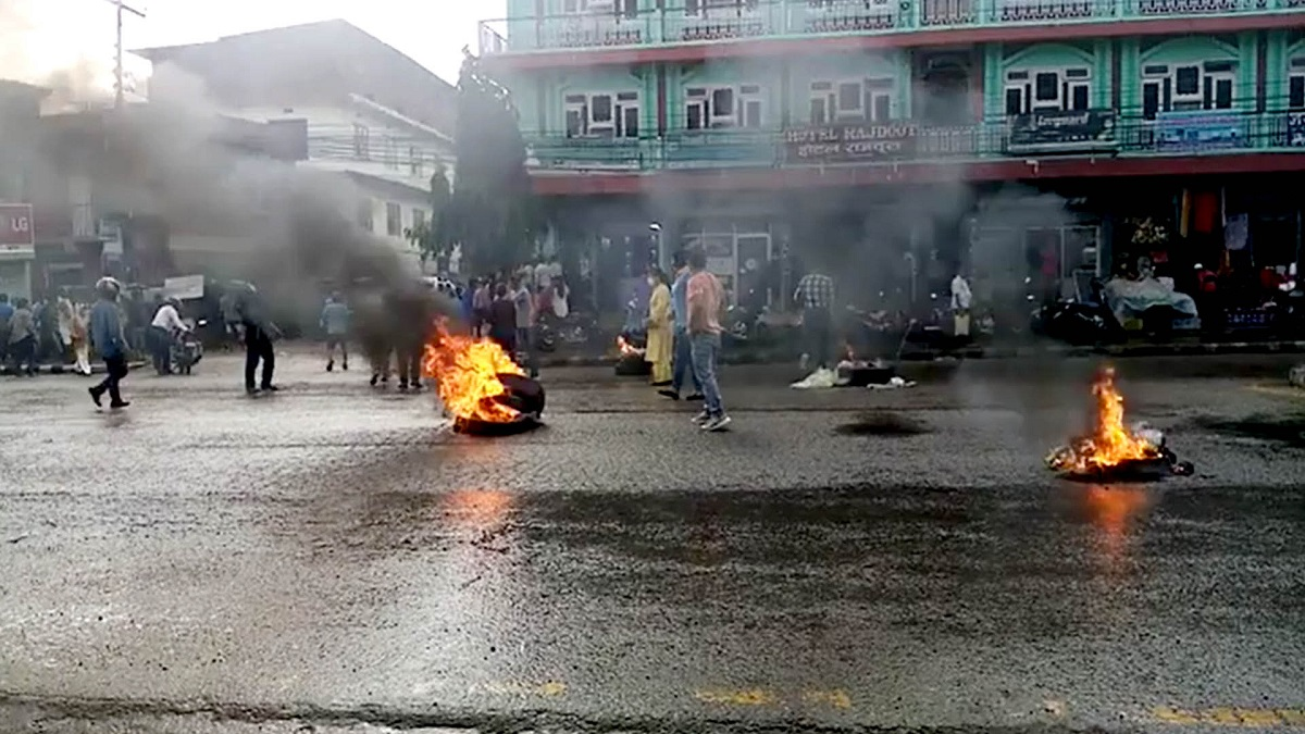 Tension flares in Butwal as Province 5 Assembly prepares to finalize Dang as provincial capital