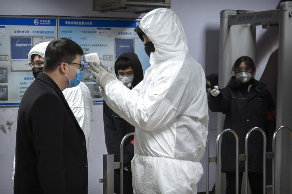 WHO declares global emergency as China virus death toll reaches 170