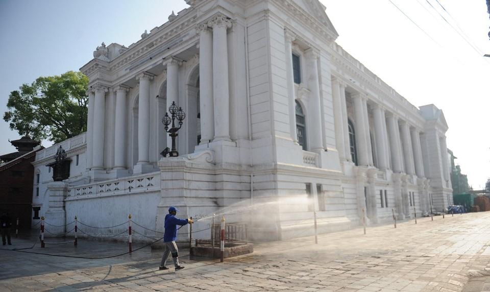 Kathmandu metropolis sprays disinfectant in the city (with photos)