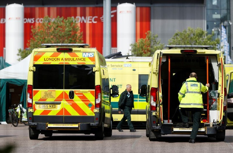 UK COVID-19 death toll rises above 32,000, highest in Europe