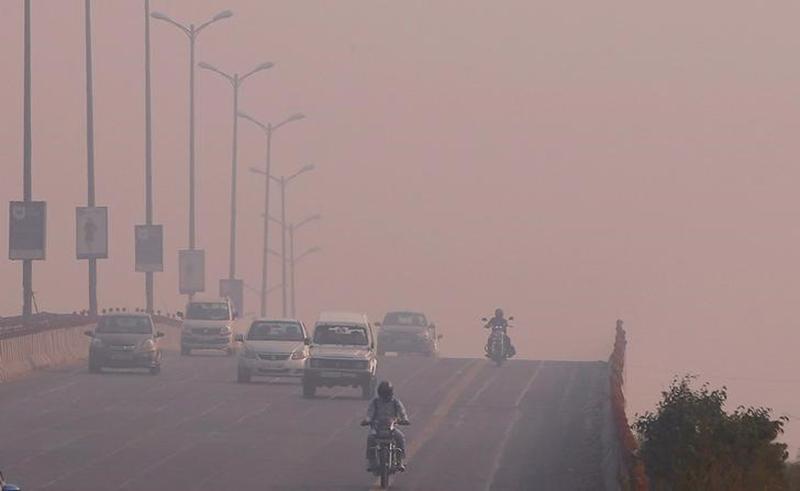 Toxic firecracker haze darkens Delhi after festival of lights