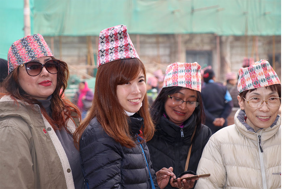'Dhaka Topi Day' being observed across the country (photo feature)