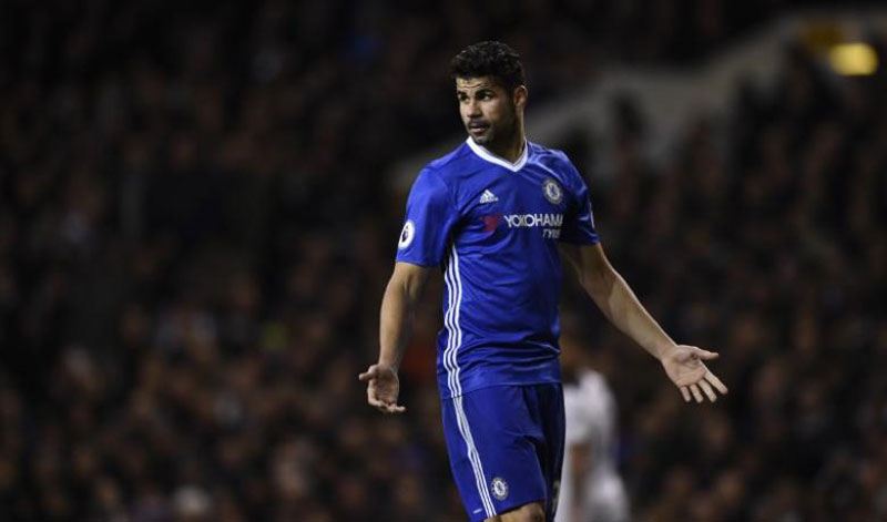 Chelsea drop Costa after row over fitness, reports say