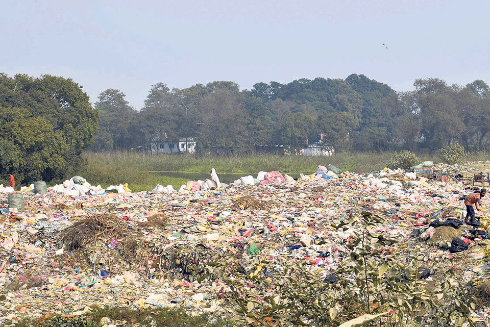 Siddharthanagar Municipality disposing of waste on riverbank