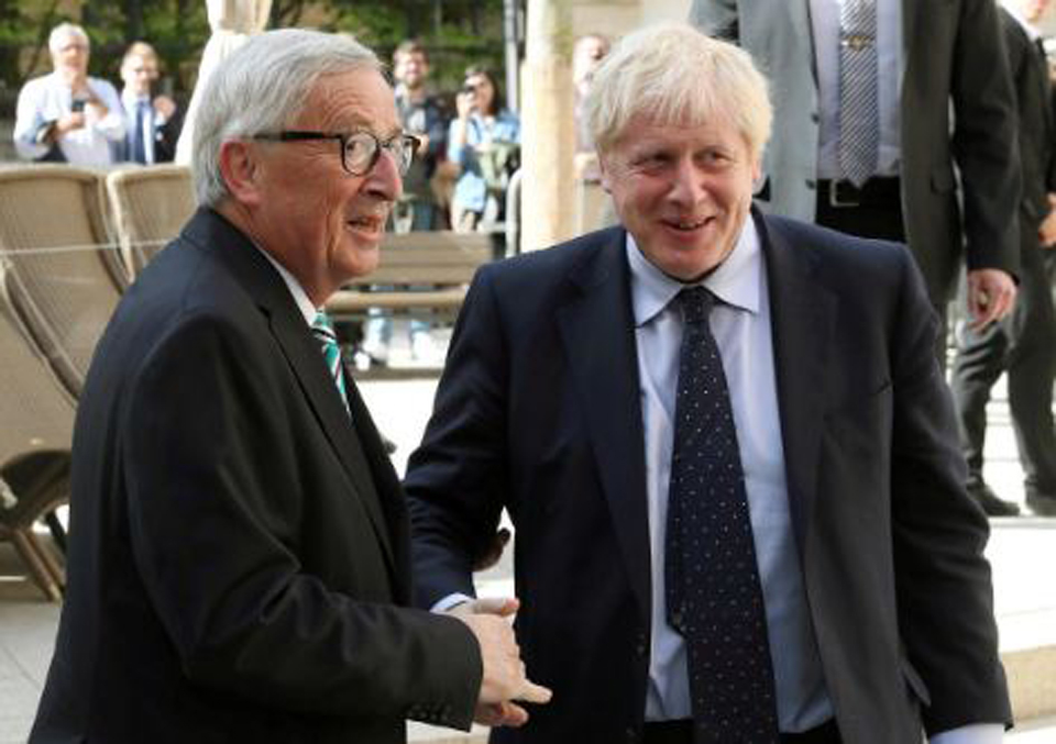 EU stands firm on Brexit, UK says talks to be stepped up