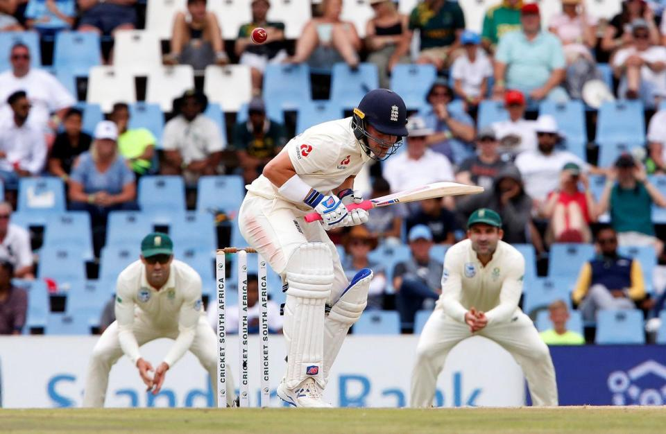 England need 255 to pull off improbable test win