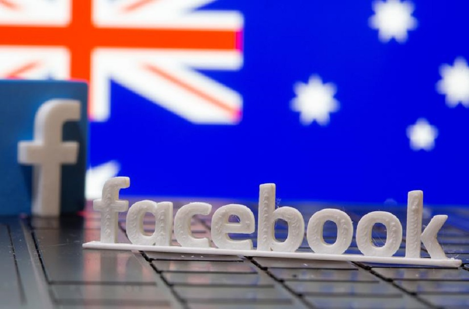 Facebook 'unfriends' Australia: news pages go dark in test for global publishing