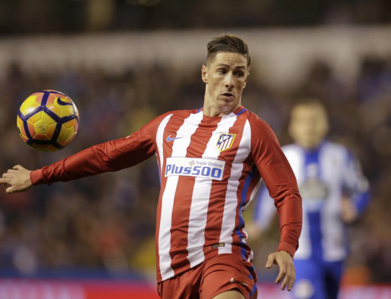 Atletico 'nervous and worried' by Torres neck injury (video)