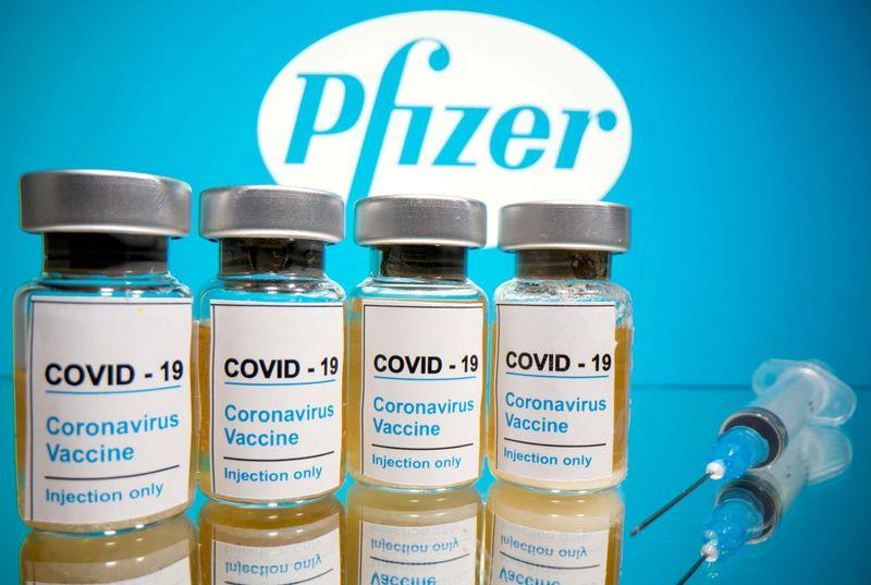 UK regulator set to approve COVID-19 vaccine next week
