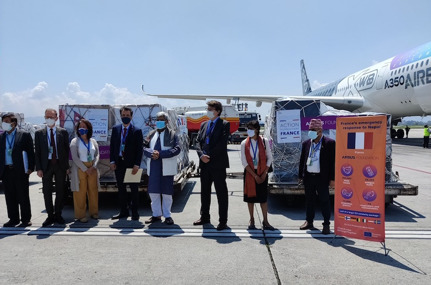 France provides medical support to Nepal to fight against COVID-19