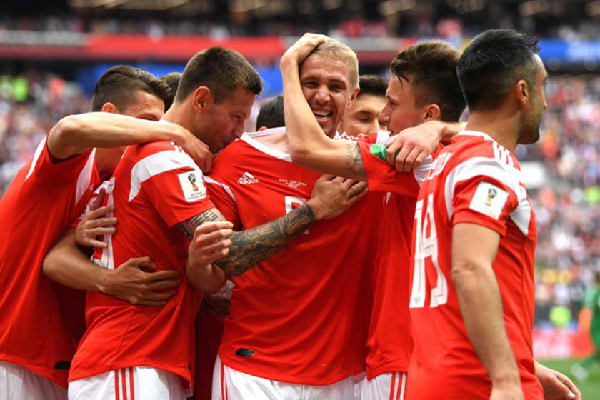 FIFA World Cup 2018: Russia dominates first half