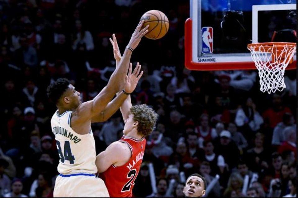 Antetokounmpo scores 23 in return, Bucks beat Bulls 123-102