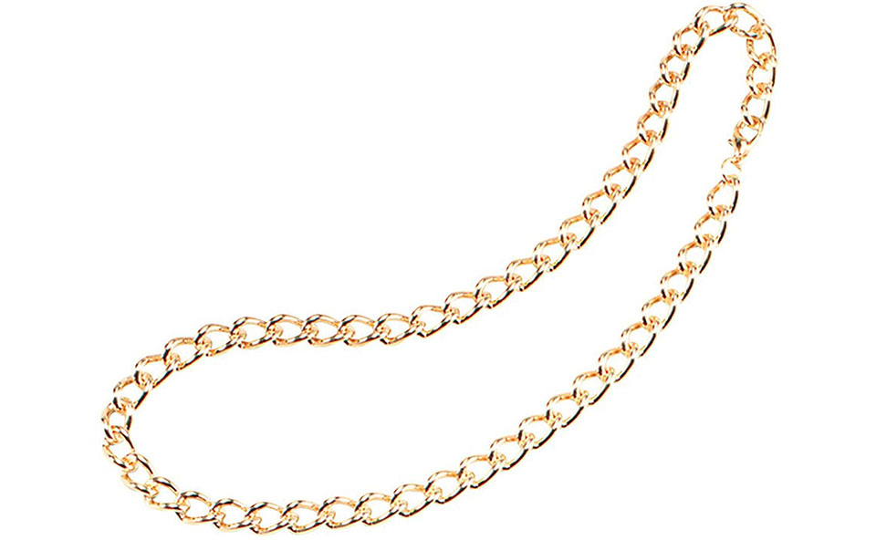Woman robbed of gold chain