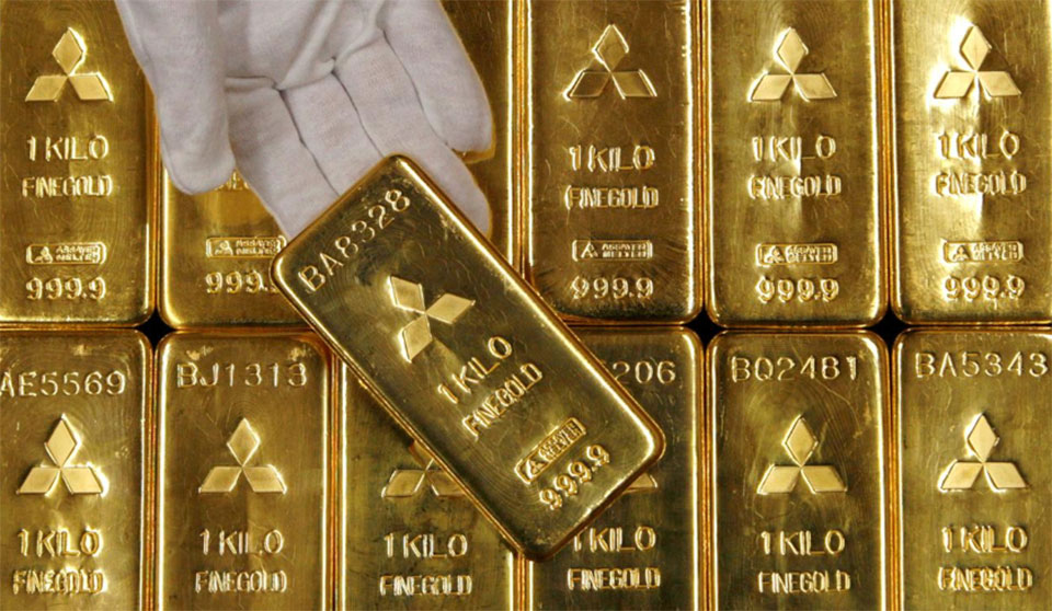 Gold at new high of Rs 80,300 a tola