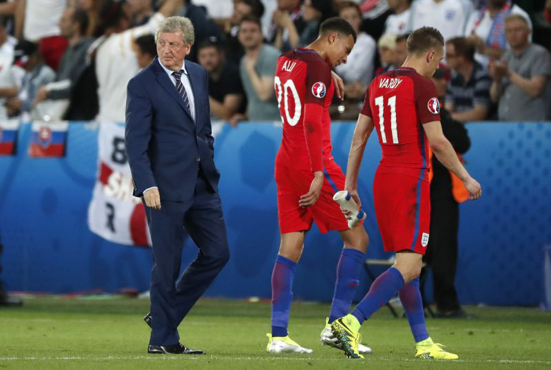 Hodgson pleas for patience as England disappoints again
