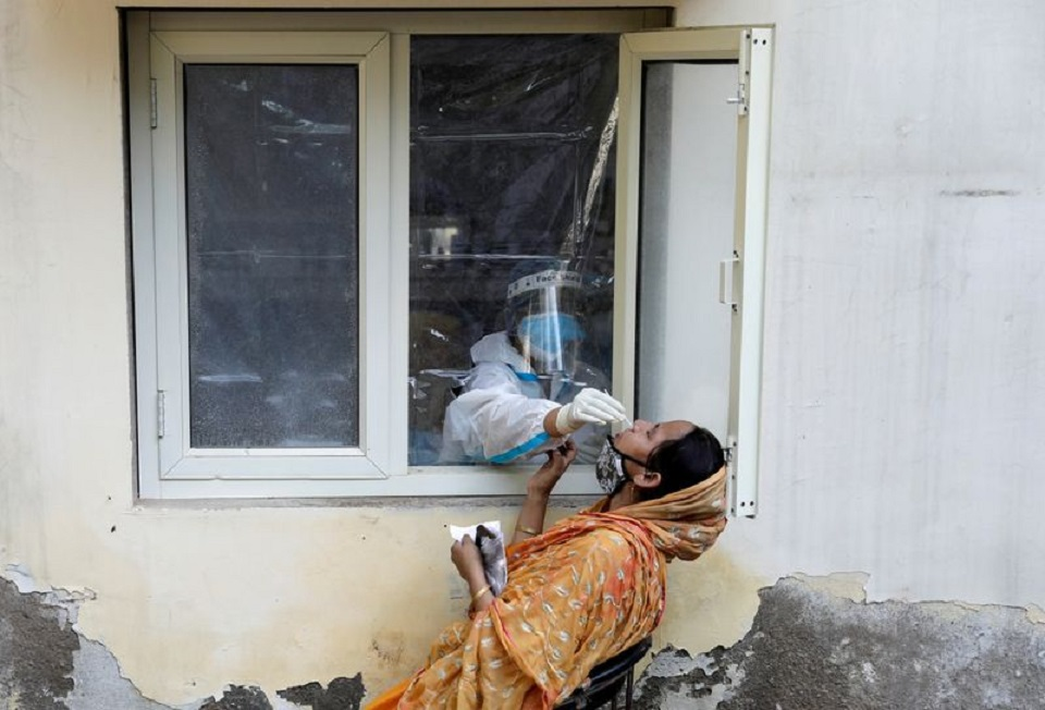 India's coronavirus infections rise to 7.12 million