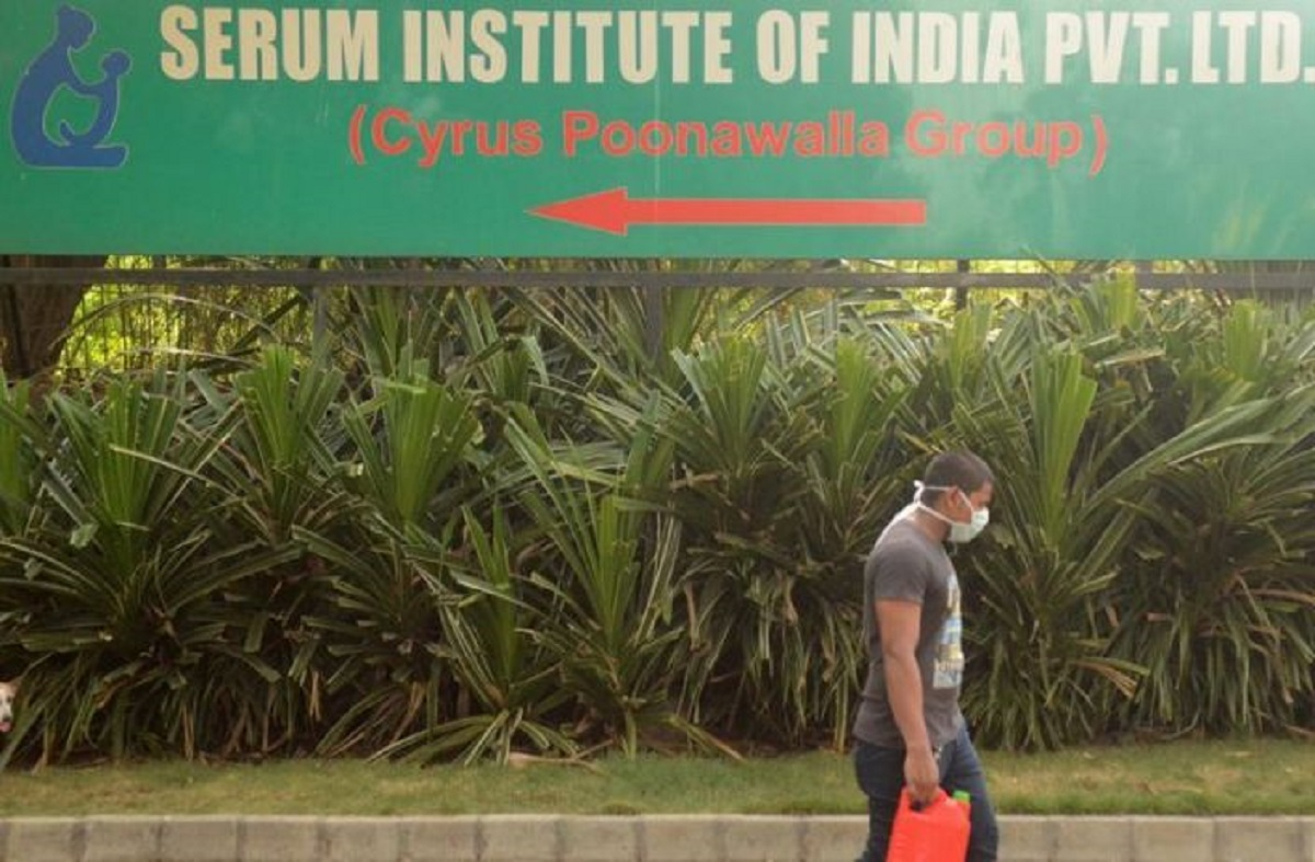 India's Maharashtra state imposes new COVID-19 lockdowns in some areas