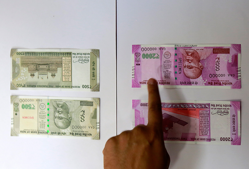 Nepal's banks refuse to accept new Indian currency notes