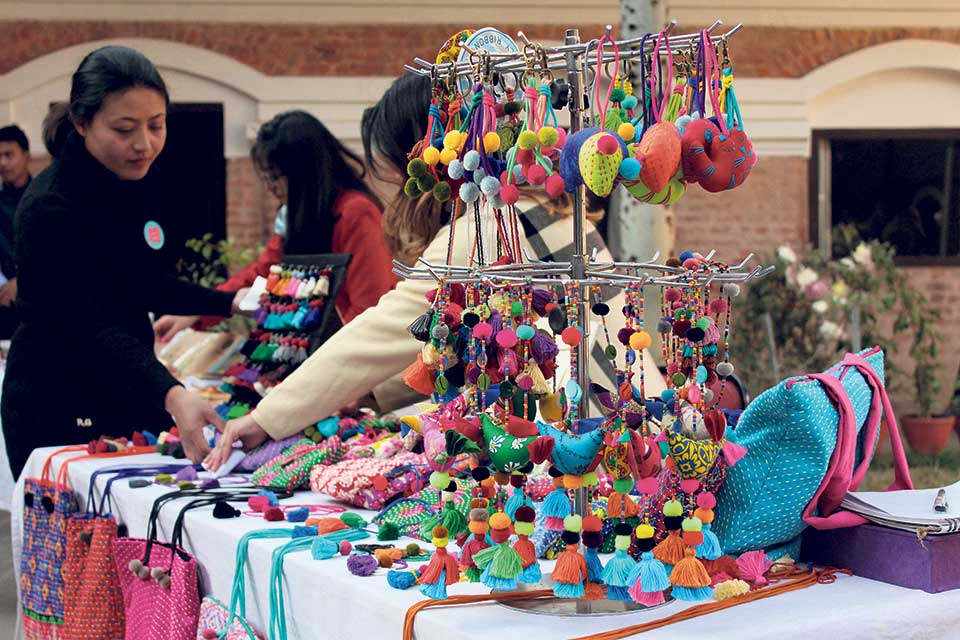 She-maker's showcase their products