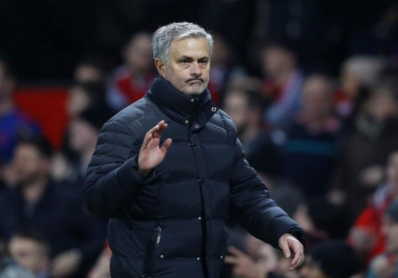 Mourinho rallies United fans ahead of Liverpool clash