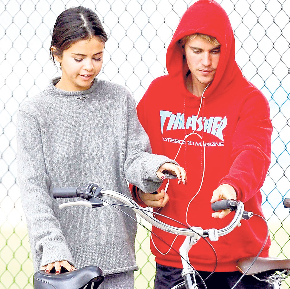 Justin, Selena  not yet 'official couple' again