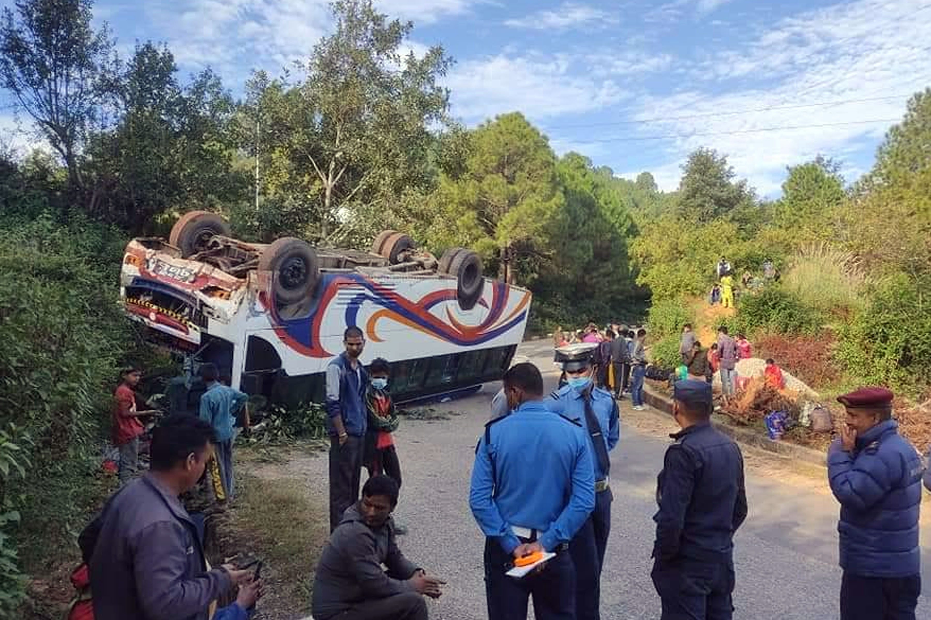 16 injured in bus accident in Dadeldhura