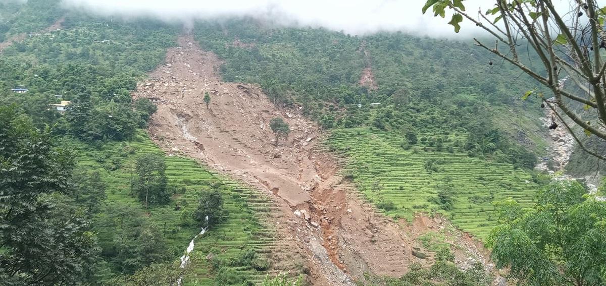 11 killed, 20 others still missing in Gumthang landslide