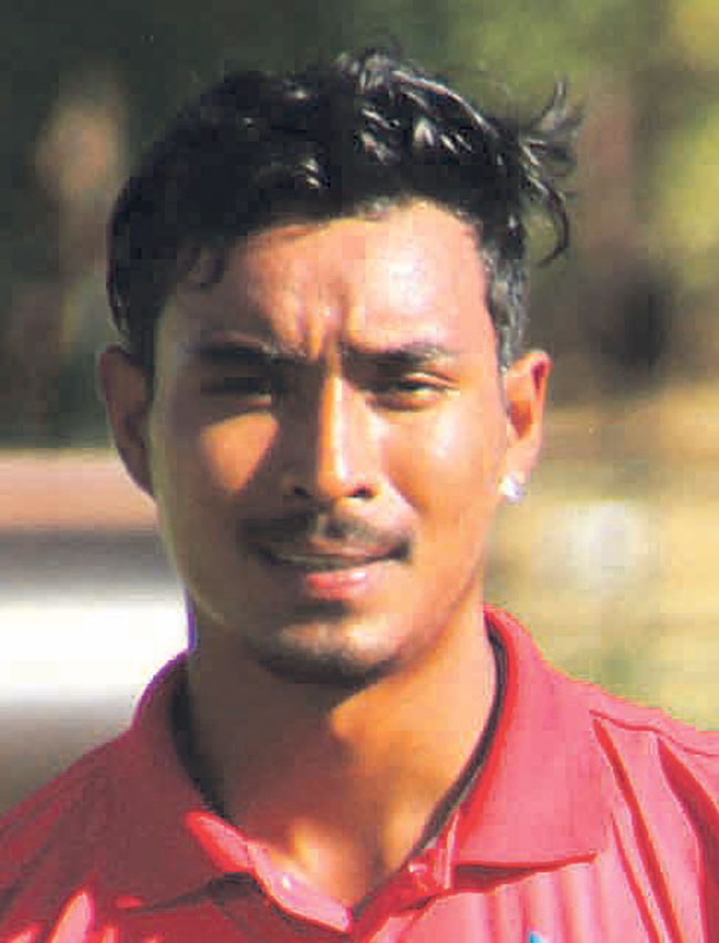 Sompal Kami scores half century