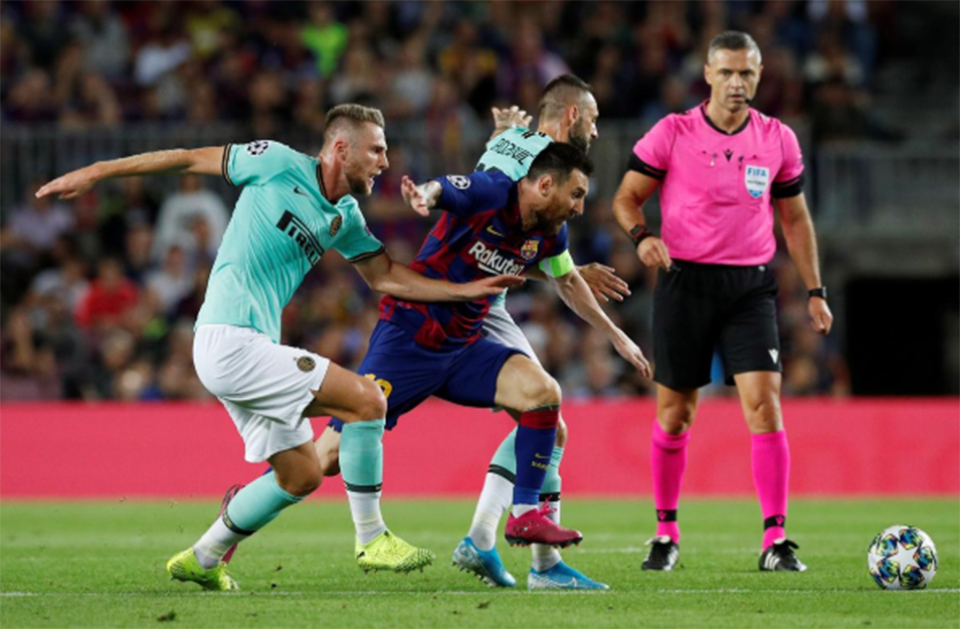 Injury-free at last, Messi dazzles in Barca win