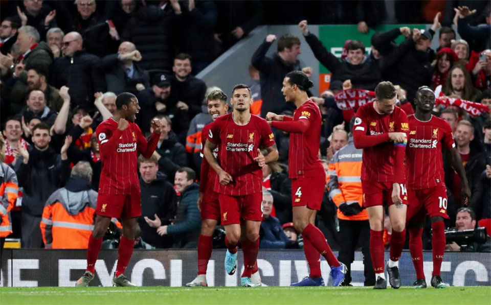 Liverpool enjoy derby demolition, Leicester still chasing