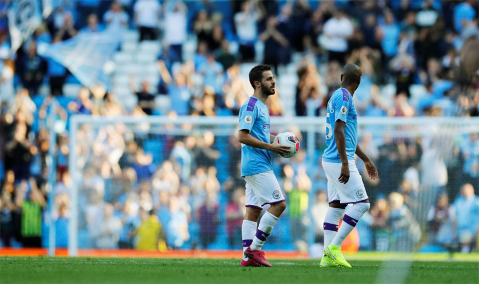 Man City storm back from defeat by hitting eight past Watford