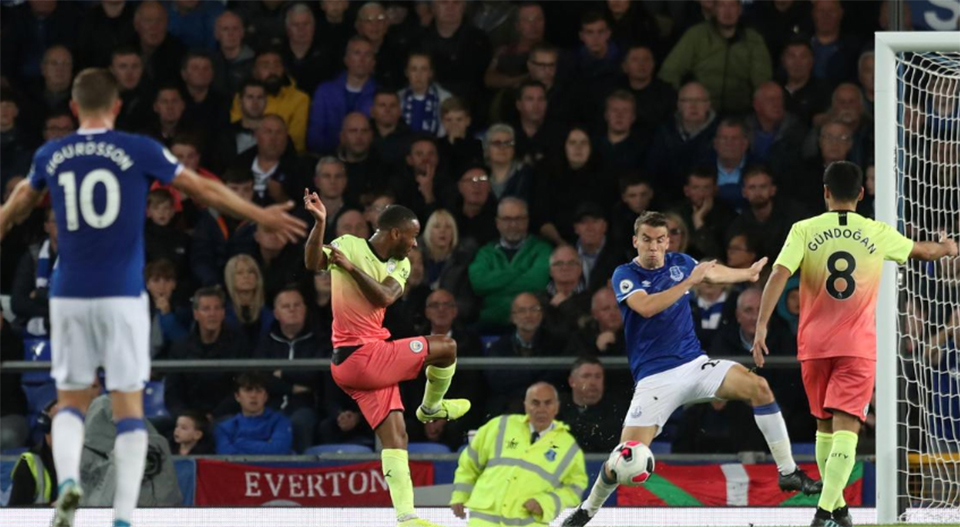 Jesus, Mahrez, Sterling score as Man City overcome Everton