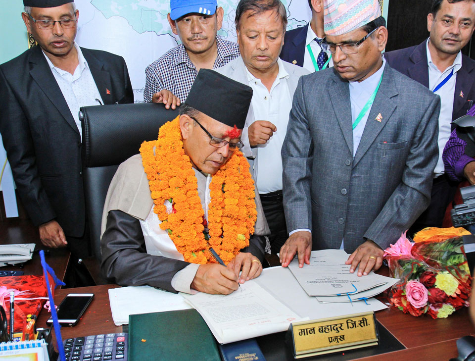 Pokhara's new mayor gets into action on day one