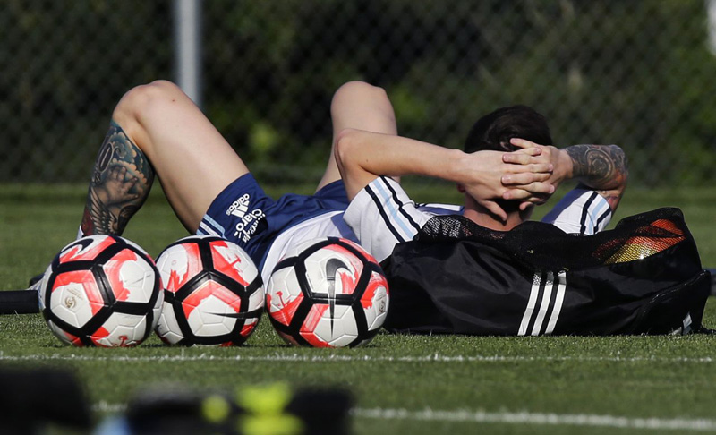 Coach: Messi 'quite possible' to start in Copa vs Venezuela