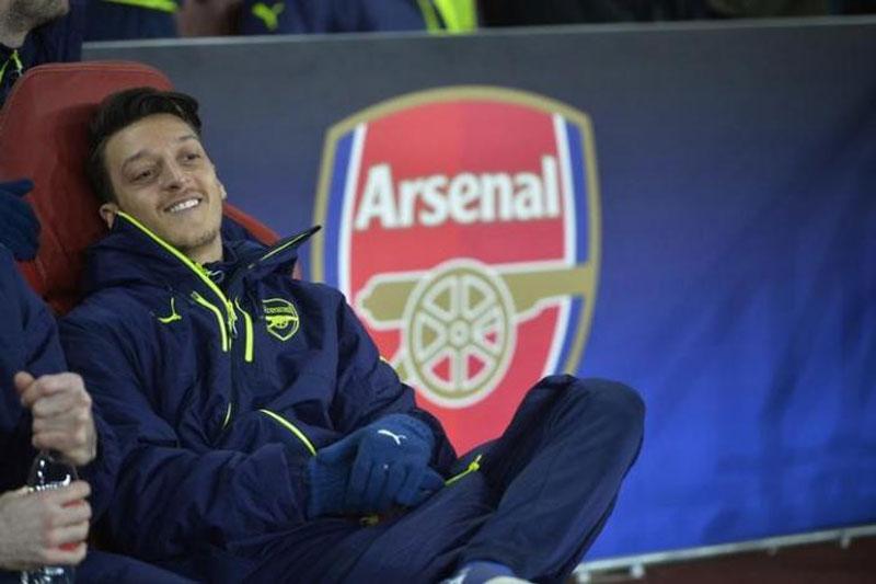 Germany's Ozil, Gomez and Draxler to miss England friendly