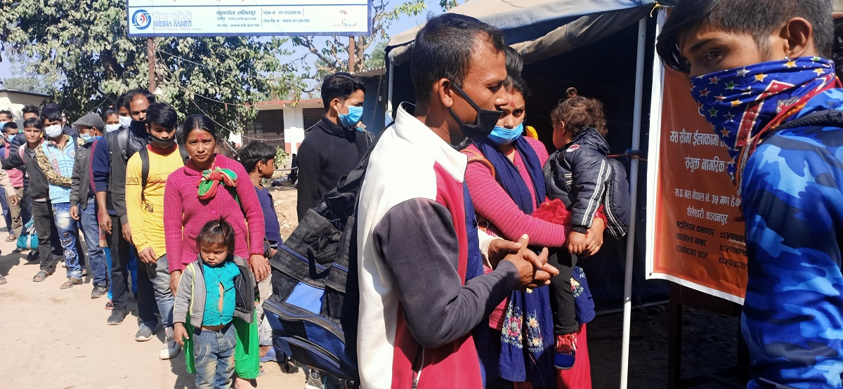 Despite COVID-19 fears, thousands of Nepalis leave for India to earn bread and butter